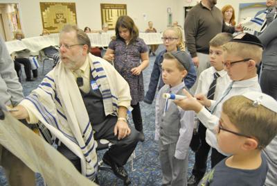 TINT Simchat Torah 2.JPG