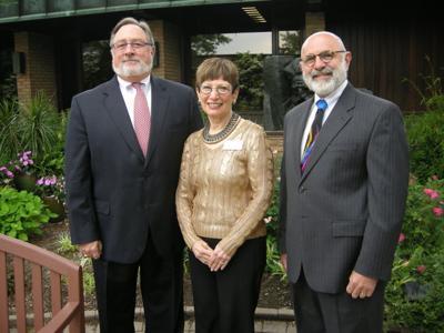 Mandel Foundation Gift to The Temple-Tifereth Israel