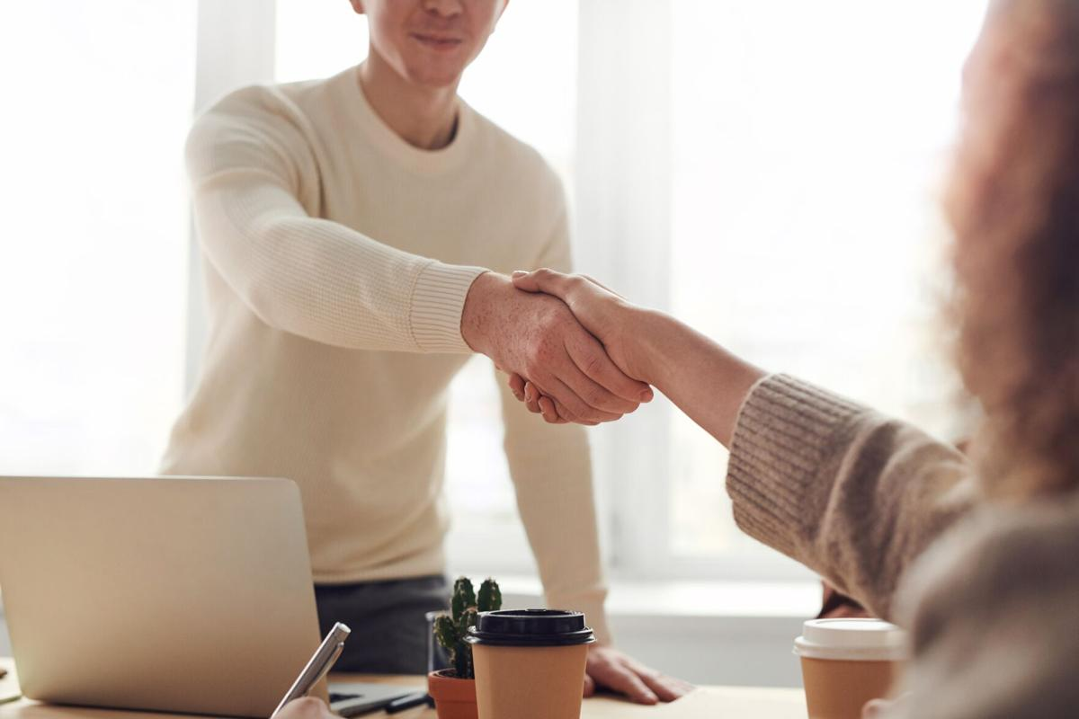 Stock handshake business