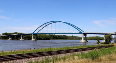 Savanna bridge