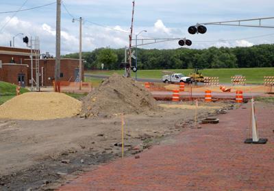 Railroad crossing, quiet zone construction