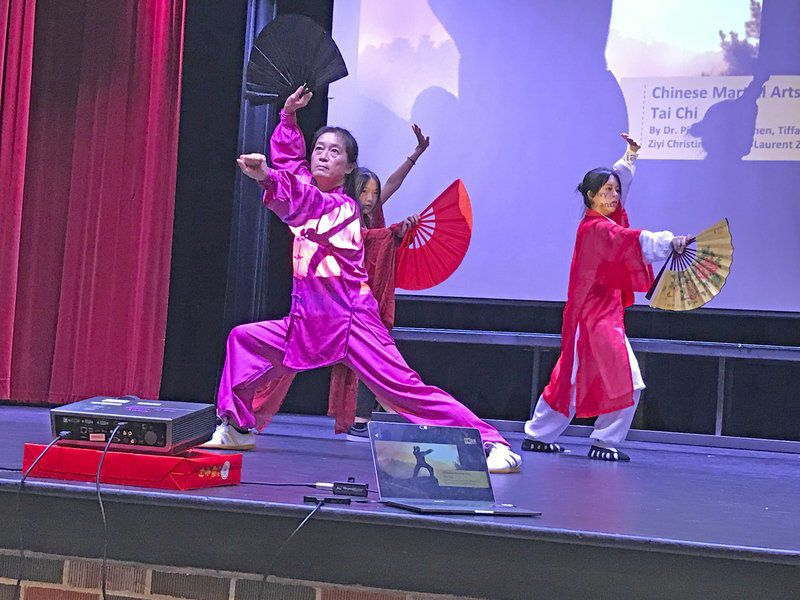 'I feel like I'm home': Chinese students share culture, experience living in Clinton