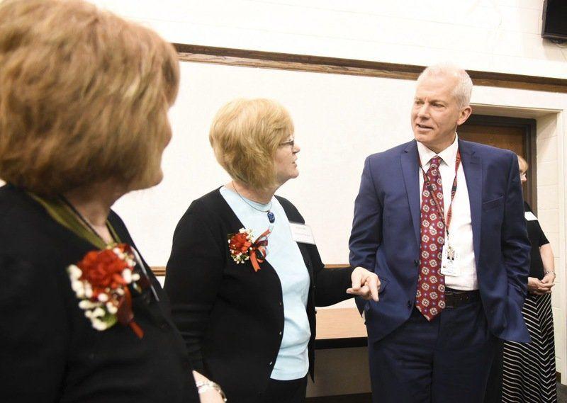 School district honor retirees