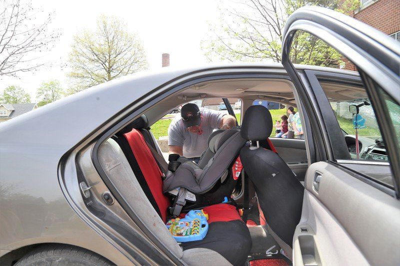 New Illinois Car Seat Law Goes Into Effect Jan 1