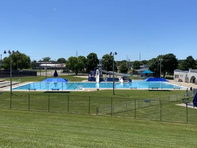 Riverview Pool
