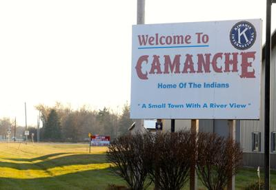 welcome to camanche sign