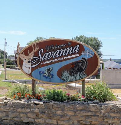 welcome to savanna sign