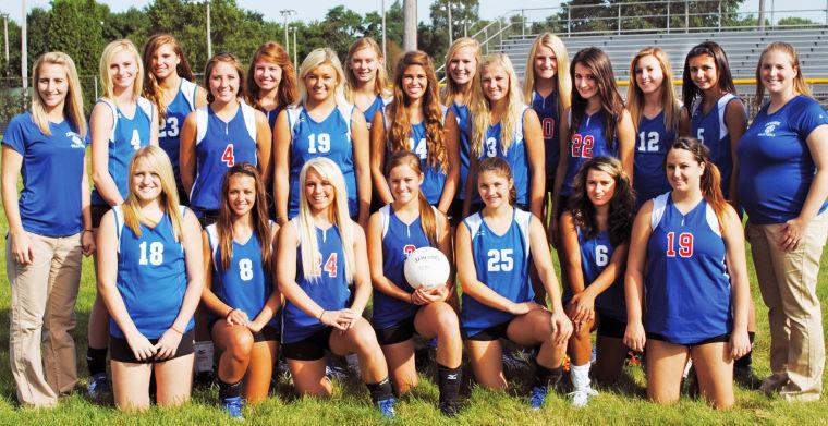 2011 camanche volleyball team.jpg