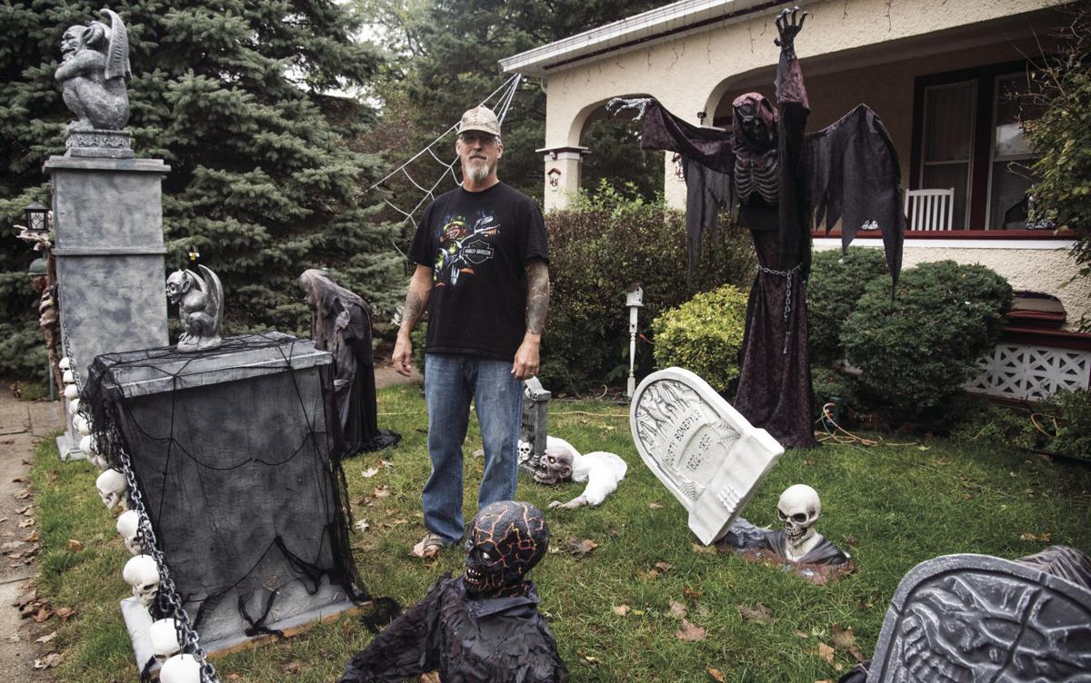 Yards get Halloween makeovers