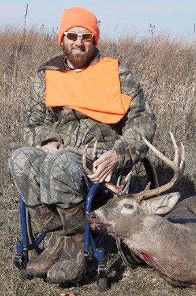 Deer hunt at refuge helps special group