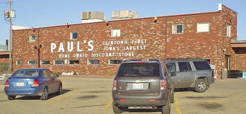 Paul's store to close