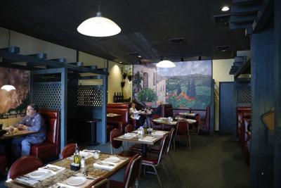 The vineyard room at rastrelli's