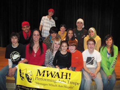 Mwah troupe