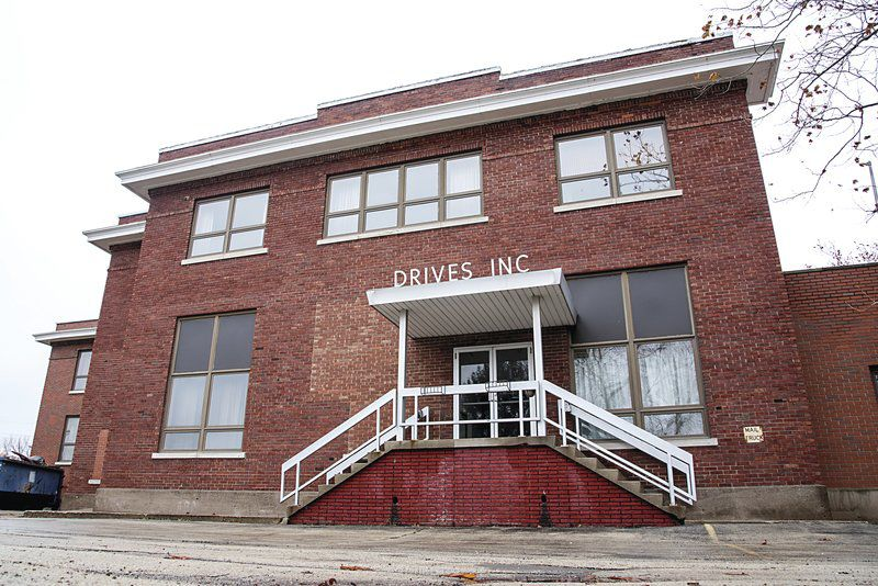 Drives Building stays in public eye