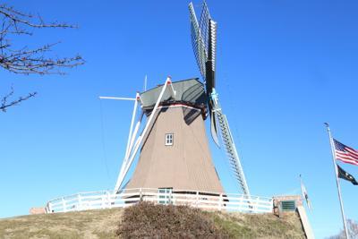 Fulton windmill side view