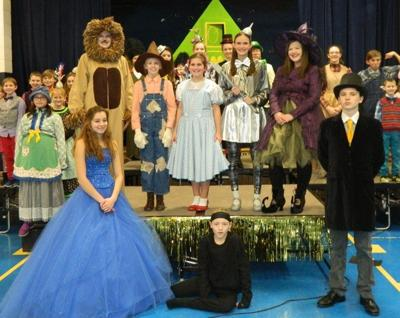 Kids present 'The Wizard of Oz'