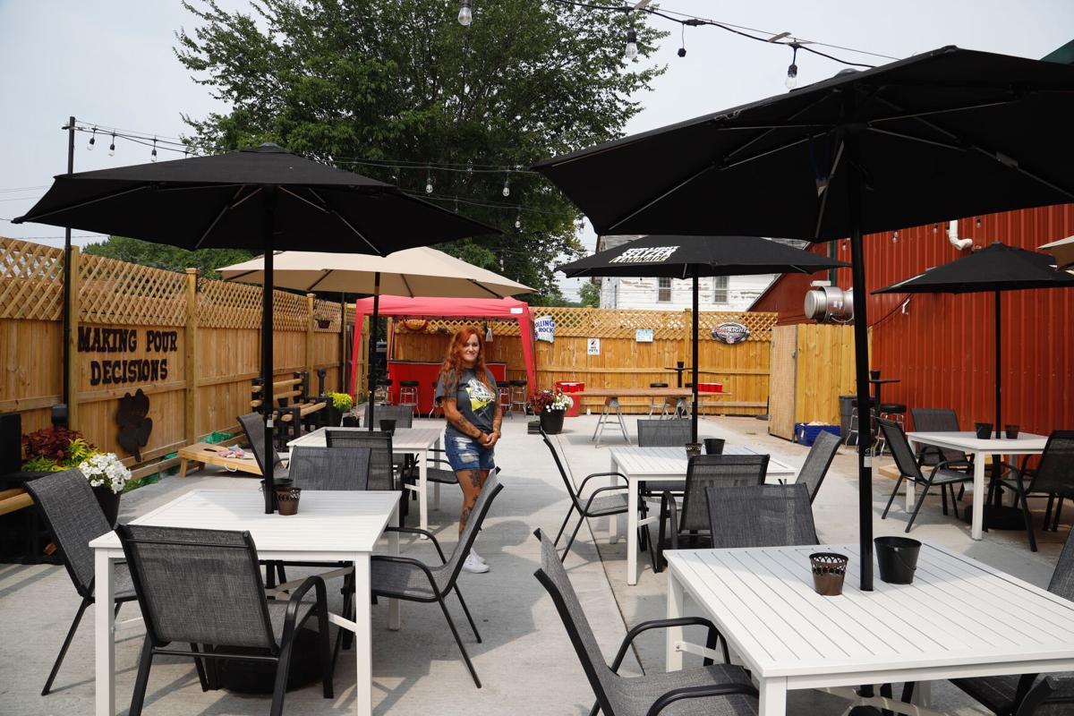 Santana Schipper at Hook's Pub patio