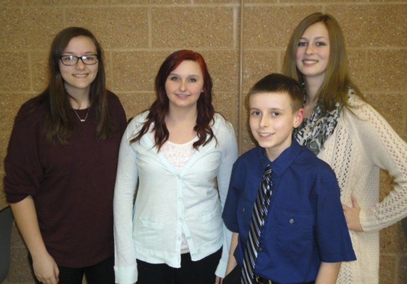 Dinner honors Fulton students