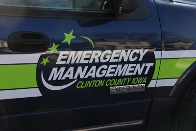 Officials respond to hydrochloric acid leak in Camanche