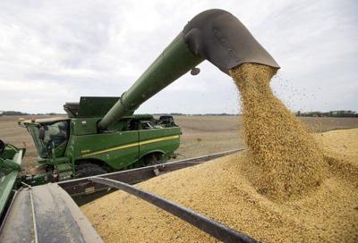 USDA delays deadline for farmer aid to offset tariff losses