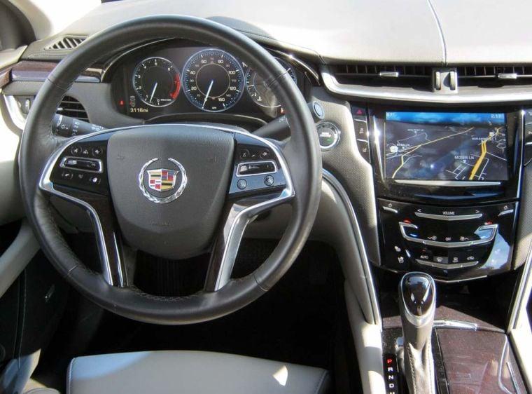 2013 Cadillac XTS interior.jpg