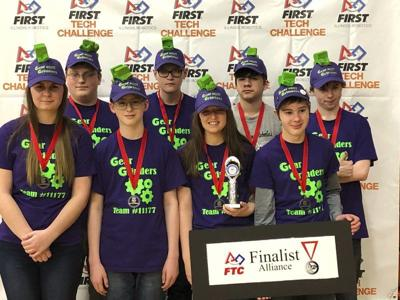 Illinois robotics team heads to state
