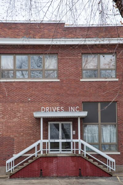 Drives building