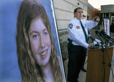 Granddad: Wisconsin girl has no link to suspected kidnapper