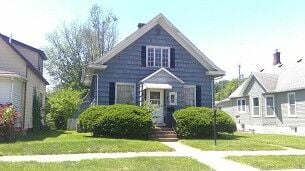download of photo of 720 Park Pl.