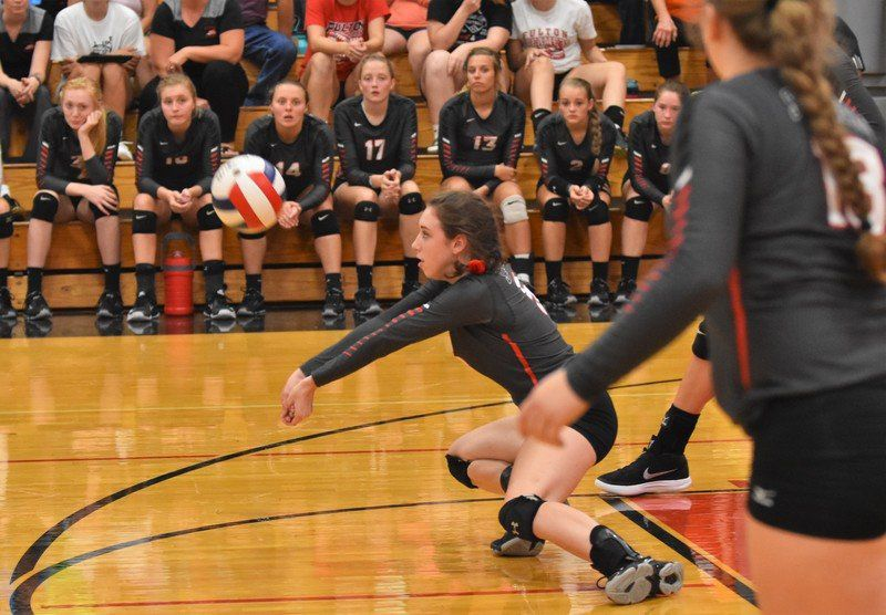 Steamers overcome mistakes to down E-P