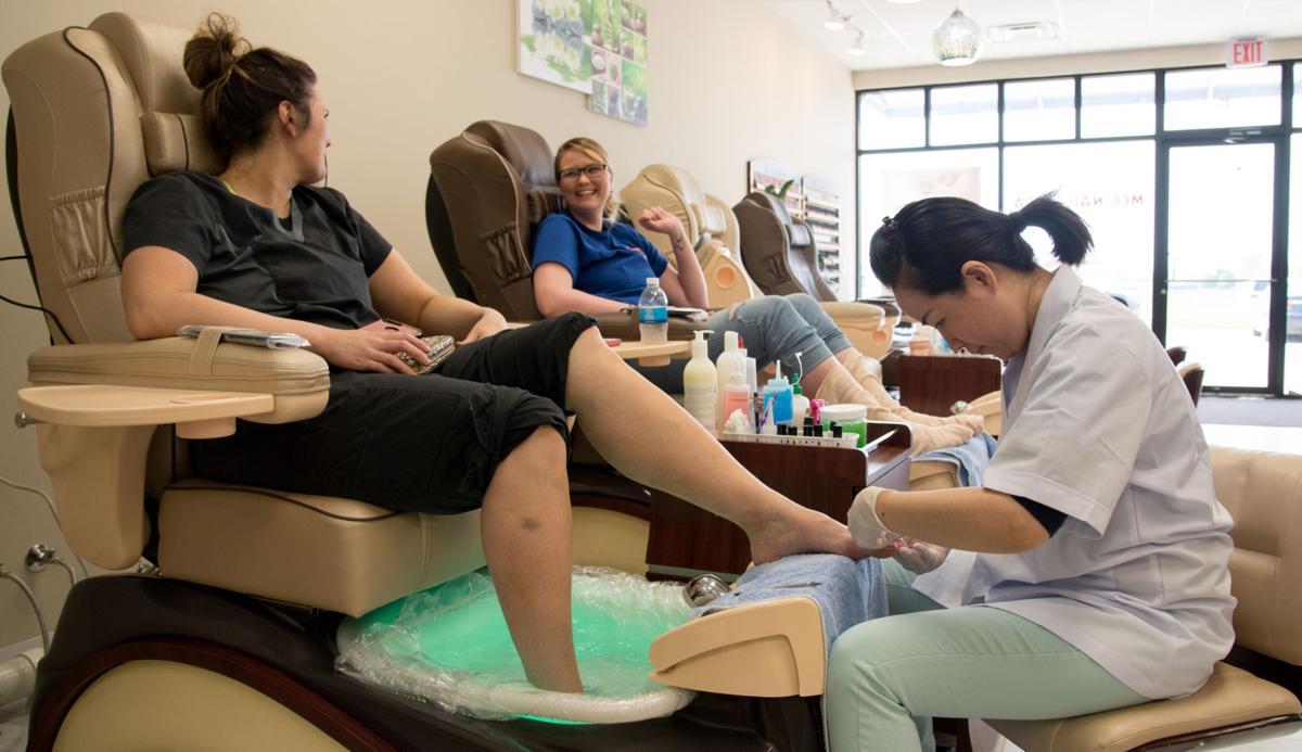 New nail salon opens doors | News | clintonherald.com