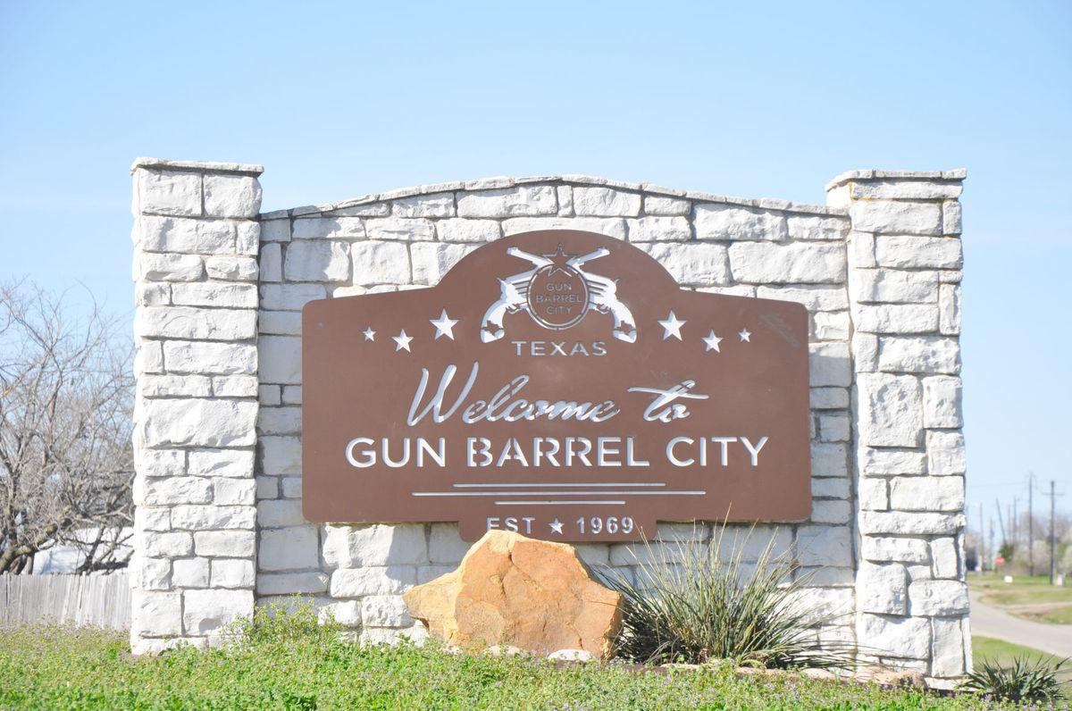 In Gun Barrel City, most everyone carries   Featured Stories   cnhi.com