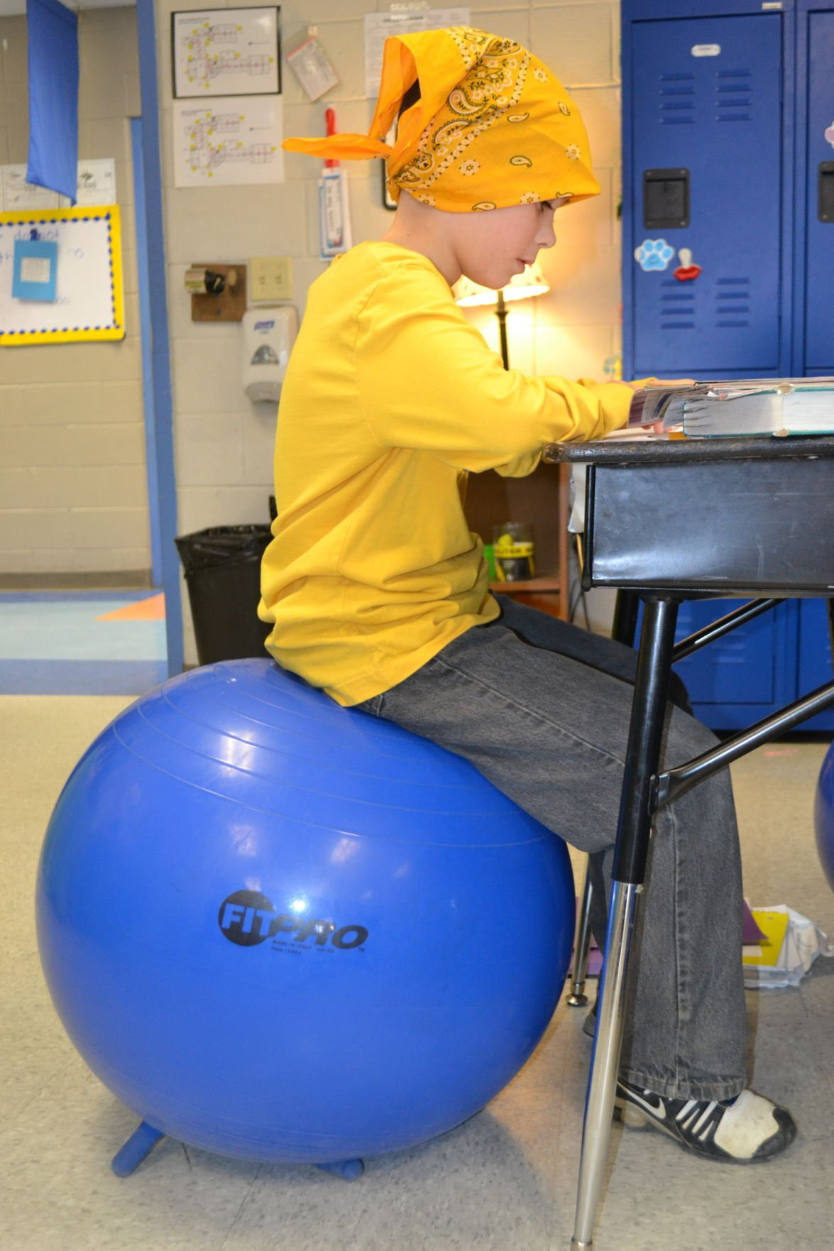Ky teacher replaces traditional chairs brings bouncy seats to
