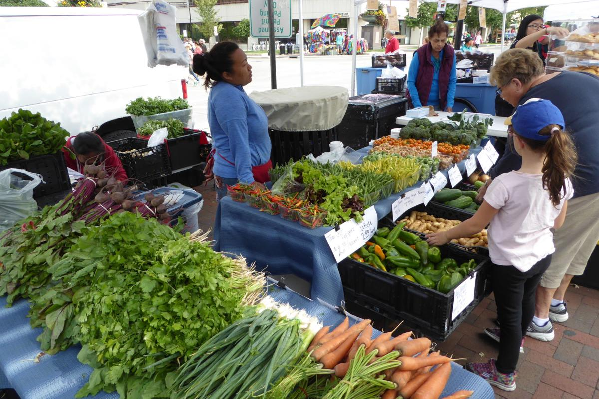 Voting For Dane County Farmers Market >> Travel Best Farmers Market In The U S This One Has Our Vote