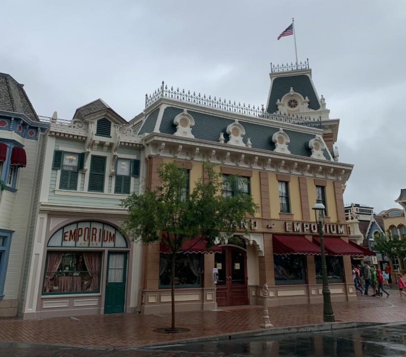 Disneyland COVID 2
