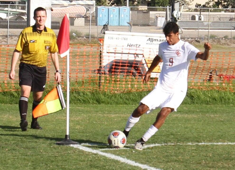 Coast soccer falls in grudge match - Photo 2