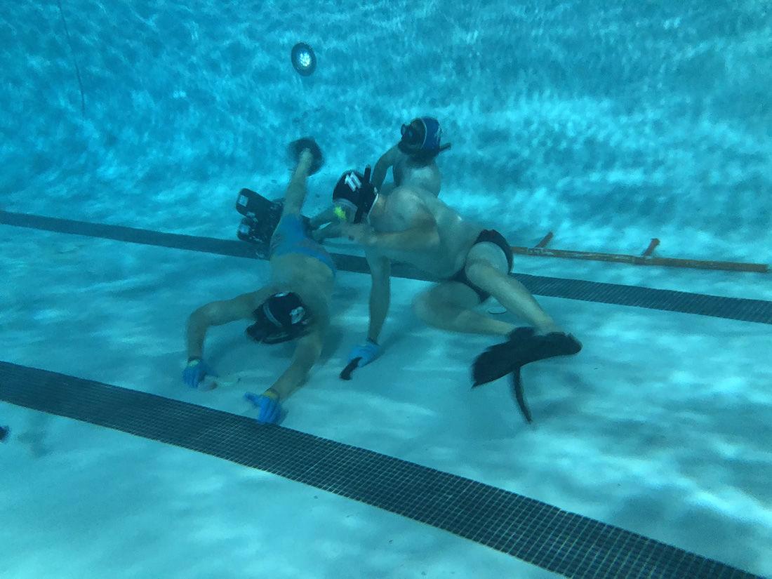 Underwater hockey is no joke - Photo 1