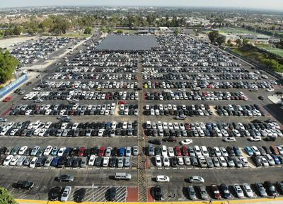 Packed parking lot (copy)