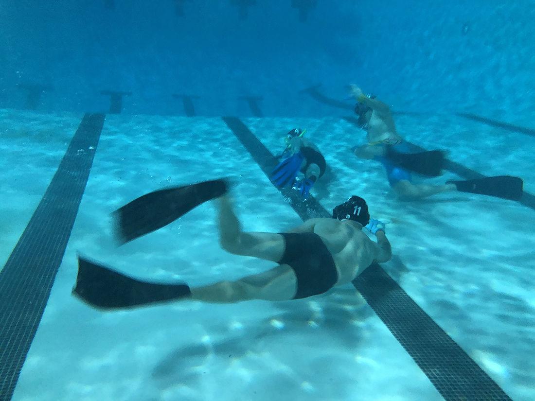 Underwater hockey is no joke - Photo 2