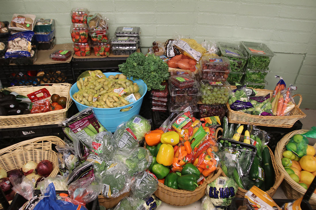 Snacks and groceries free to students in the pantry - Photo 2