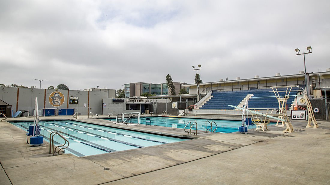 Construction set to start on new aquatic center - Current pool