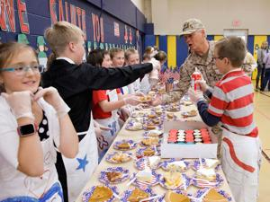 Cody students celebrate local military veterans
