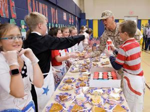 Cody students celebrate local military veterans