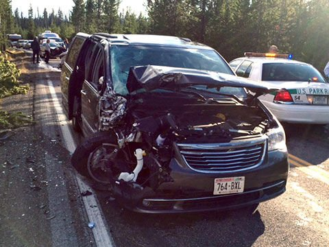 yellowstone visitors thankful to survive multi vehicle accident rh codyenterprise com