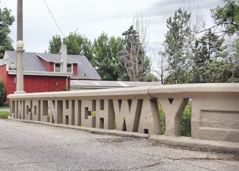 Lilncoln Highway Bridge Tama, IA.JPG
