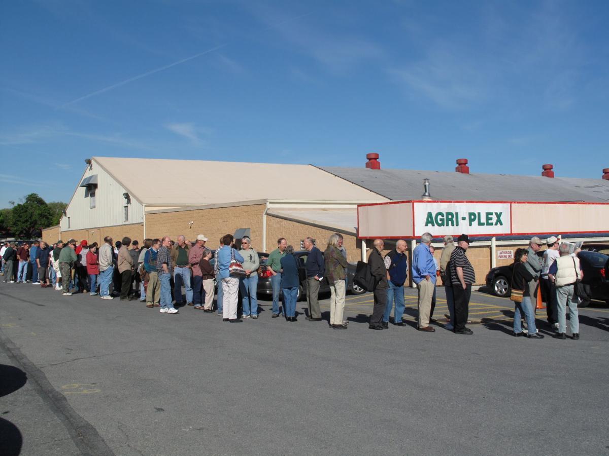 Figure 1 Allentown Crowd.JPG