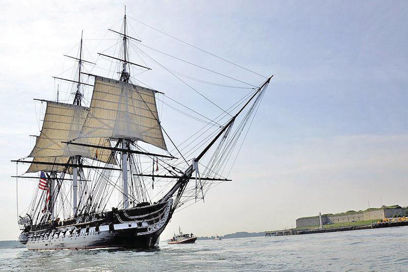 #001 USS_Constitution_underway,August_19,_2012_by_Castle_Island[1].jpg