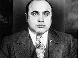 Al Capone - Kim Column
