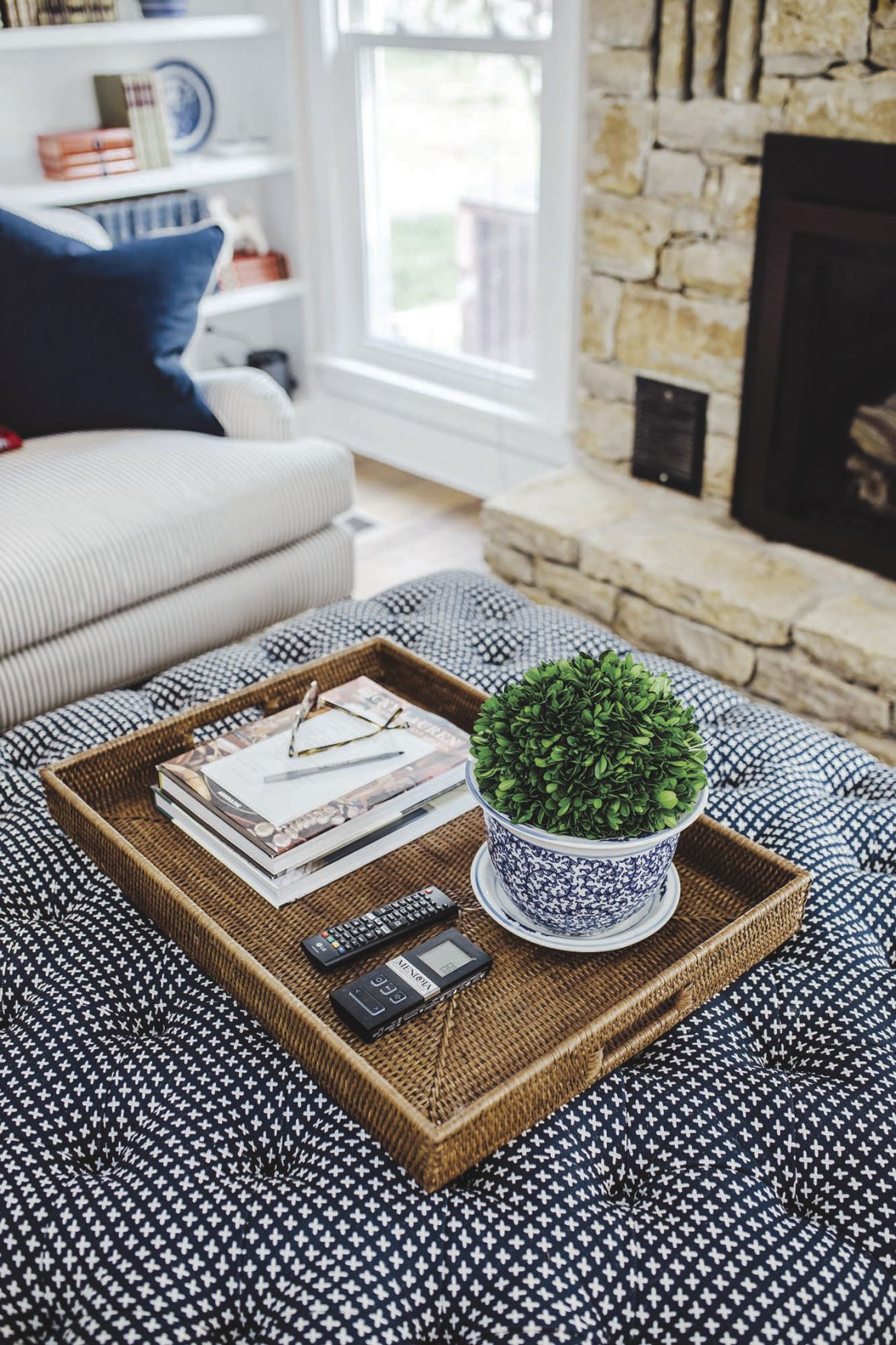 ATHOME-STYLEATHOME-FINISHINGTOUCHES-1-MCT