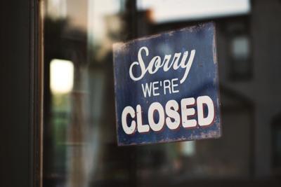 Stock close sign